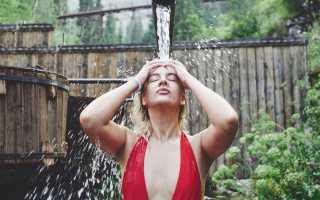 Полезно ли обливаться холодной водой по утрам