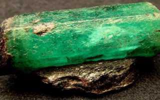Желтый изумруд. Изумруд (Смарагд) – зеленый драгоценный камень. Научное и общепринятое определение