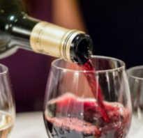 Полезно ли пить красное вино каждый день
